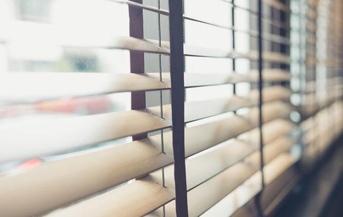 Okna pięknie udekorowane