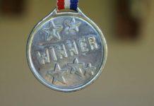 Gablota sukcesu – jak zachęcić dzieci do uprawiania sportu?